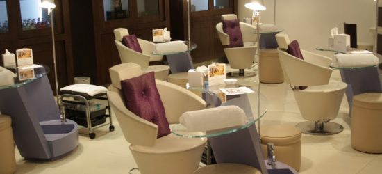 Sisters Beauty Lounge – Award For Excellence in Service – UAE